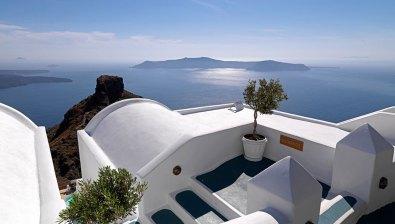 Imerovigli view from Tholos Resort
