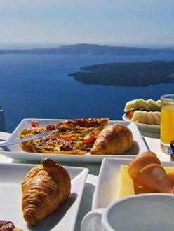 Breakfast at Tholos Resort